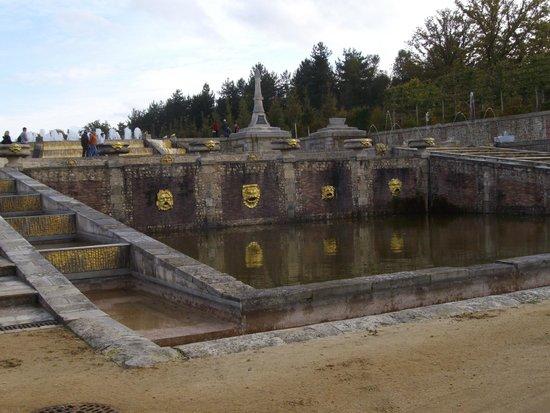 Golf du Champ de Bataille : la fontaine