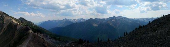 Kicking Horse Mountain Resort: Mountain View 2