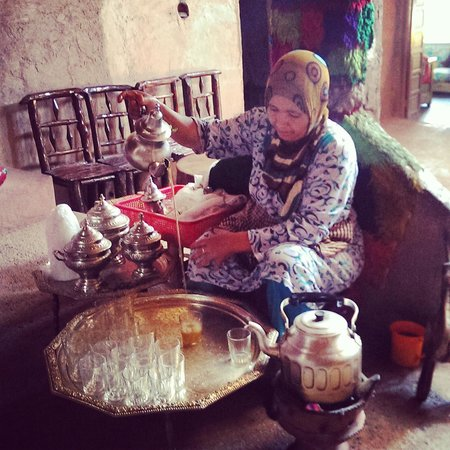 Dunes Line Day Tours : home visitation around Marrakech