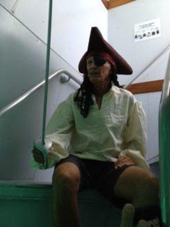 Undersea Explorer : Captain Jack