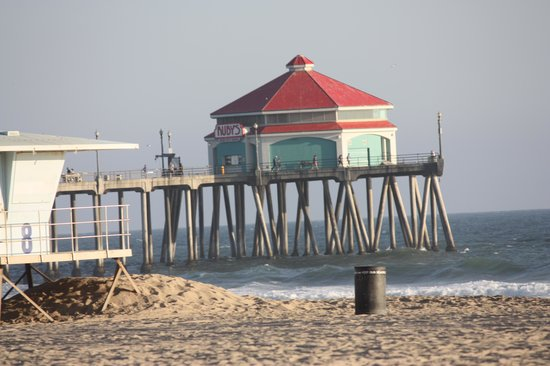 Huntington Beach Pier: Ruby's on the pier