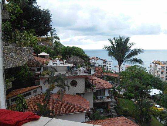 Casa Anita y Corona del Mar: vista desde la habitación hacia las instalaciones del hotel