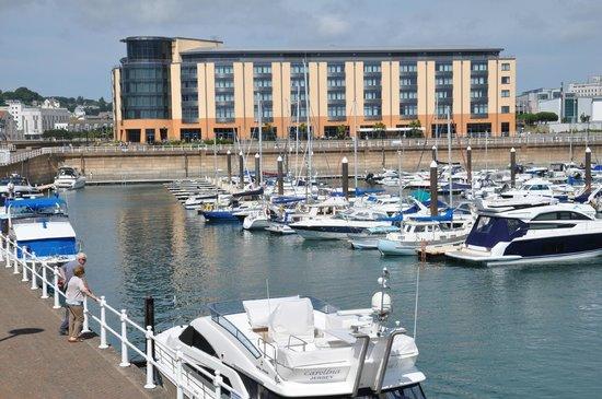 Radisson Blu Waterfront Hotel, Jersey: View of the Radisson Blu Waterfront Hotel from the marina