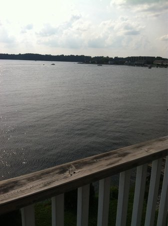 The Blue Heron Inn: Another balcony view