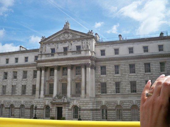 Golden Tours: Buckingham Palace