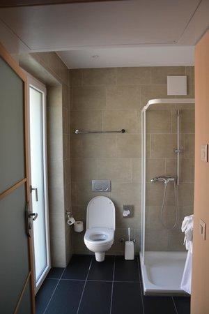 Hotel Krone Unterstrass: Wspainała łazienka