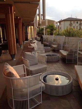 Aqualux Hotel Spa & Suite Bardolino: Bar lounge