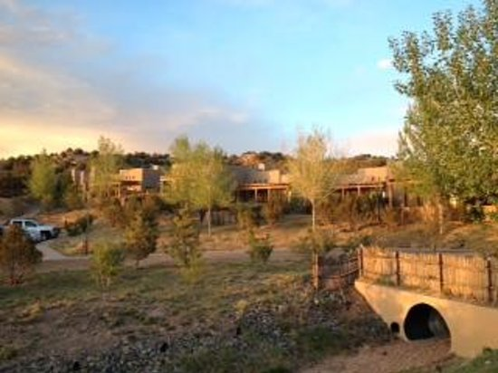 Four Seasons Resort Rancho Encantado Santa Fe: Hotel and Grounds