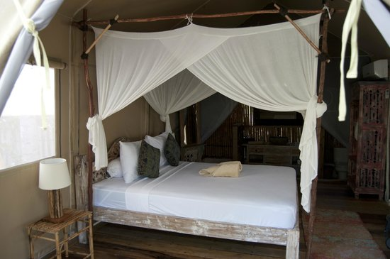 La Cocoteraie Ecolodge Luxury Tents: Excellent bed