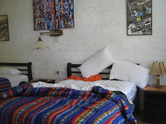 La Floresta Hotel: habitación...grande, clara y linda