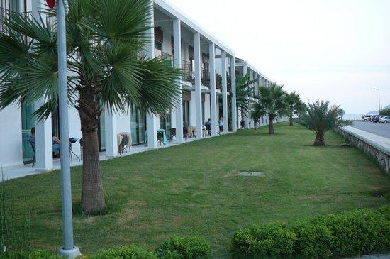 Jiva Beach Resort: Frontside