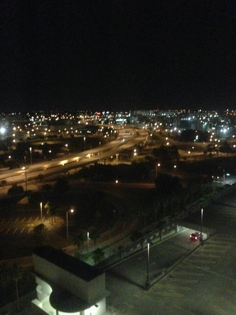Embassy Suites by Hilton Tampa - Downtown Convention Center: Night View from our hotel