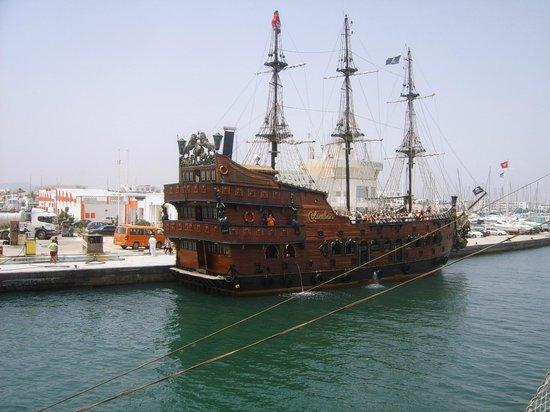 Vincci Marillia: Excursion bateau pirate