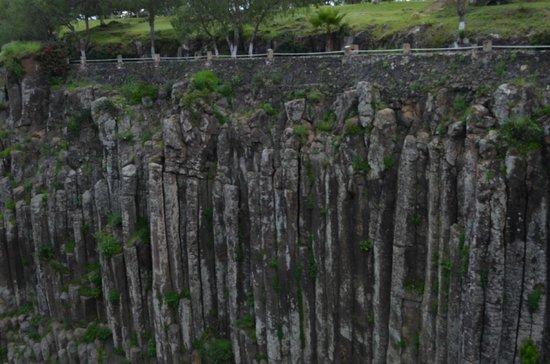 Prismas Basalticos: Las columnas de basalto
