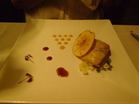 Restaurante El 24 de la Paloma: foir gras with apple