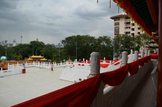 Thean Hou Temple: Blick von oben auf die Terrasse