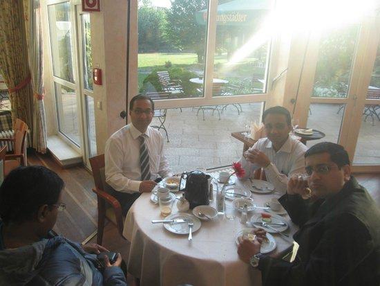 Alleehotel Europa: Breakfast/ restaurant