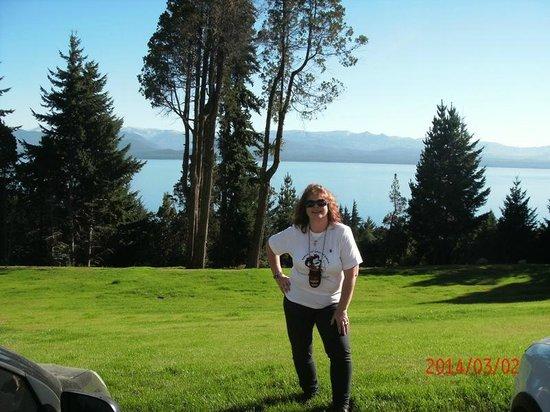 Villa Huinid Hotel Pioneros: Vista frente al lago