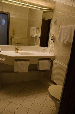 Ringhotel Niedersachsen: Bathroom