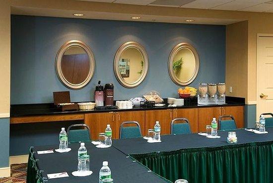 Residence Inn Boston Franklin: Meeting Room