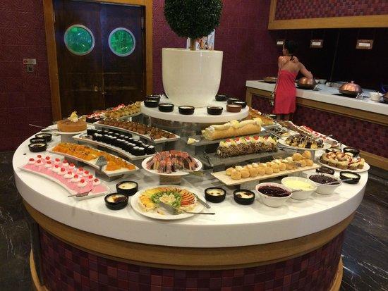 Ramada Plaza Antalya: Dessert