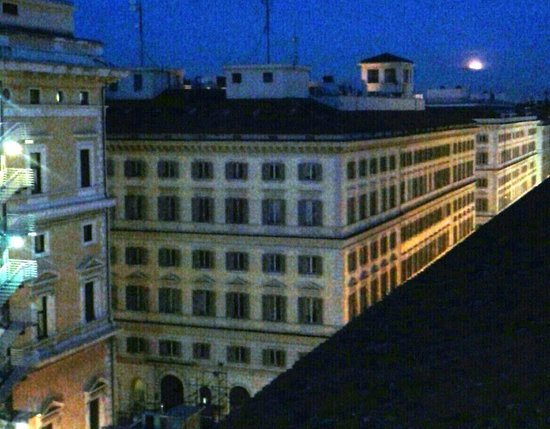 Hotel Nord Nuova Roma: view of city from rooftop