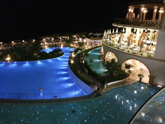 Atrium Prestige Thalasso Spa Resort and Villas: View from the lobby