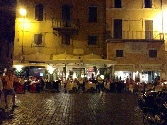 Albergo del Senato: View of Piazza from our room