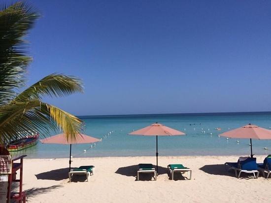 Kuyaba Hotel & Restaurant - Negril : kuyaba beach!