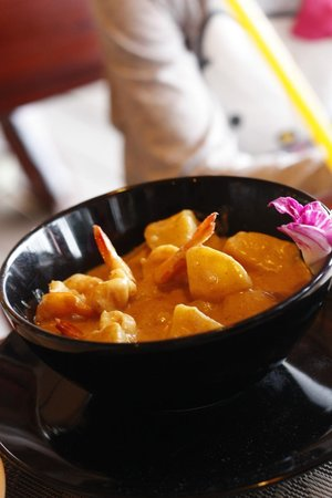 Amber Sands Beach Resort: Curry with prawns and potatos