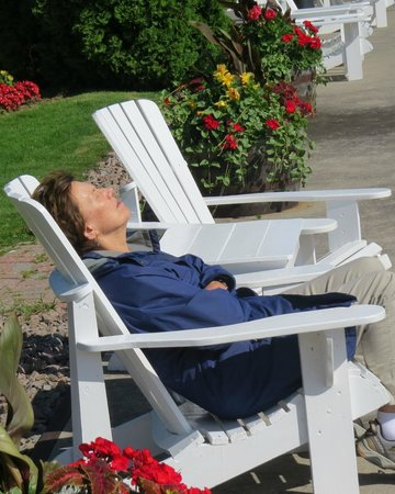 The Gananoque Inn and Spa: Comfy Adirondak at waterfront, photo by Mike Keenan