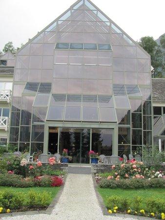 Fretheim Hotel: Front Entrance