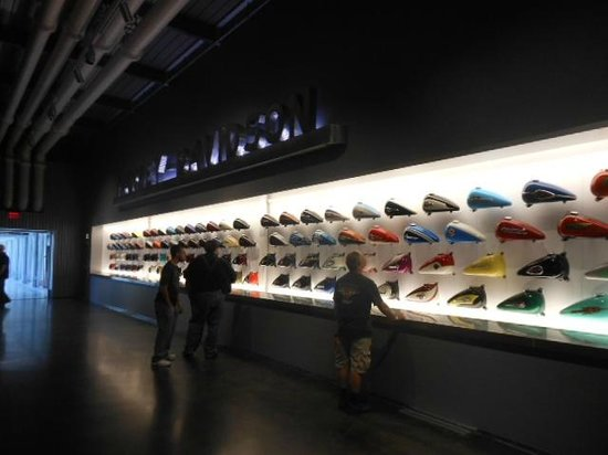 Harley-Davidson Museum: Harley colours over the years