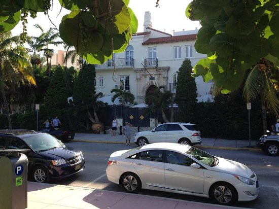 Miami Culinary Tours - Private Tours : Versace Mansion