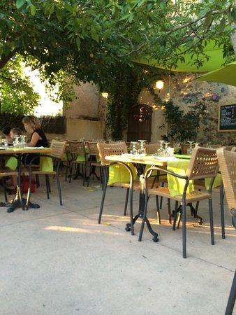 A Stazzona : Une terrasse sympathique