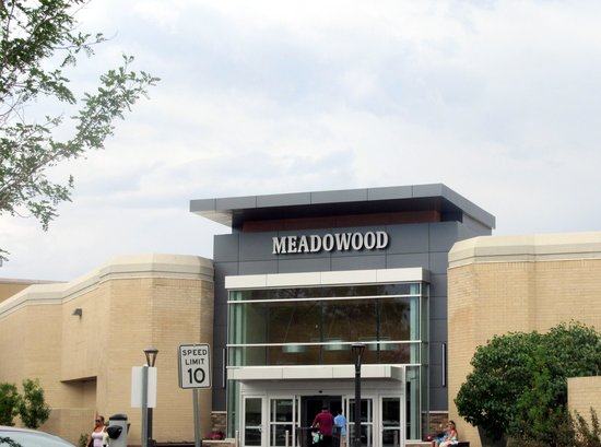 ‪Meadowood Mall‬