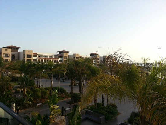 Hotel Riu Palace Tikida Agadir: View from the dining room terrace over the gardens