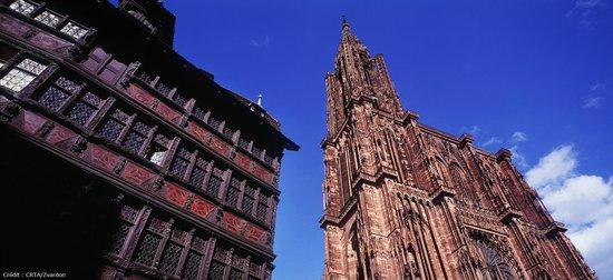 Cathédrale Notre-Dame de Strasbourg : Cathédrale et maison Kamerzell