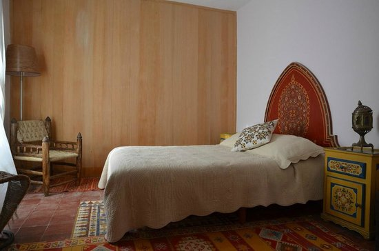 Riad Al Zahia : Soukaina suit - first bedroom
