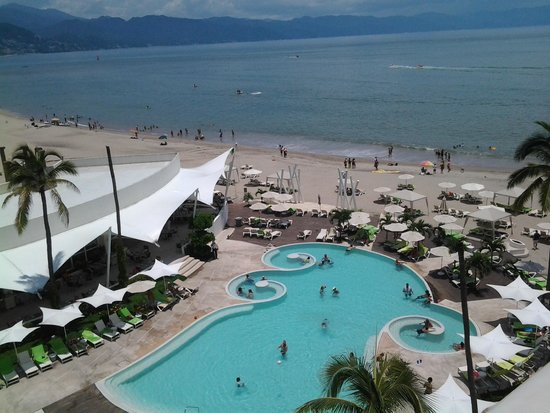 Hilton Puerto Vallarta Resort: view from rooftop bar