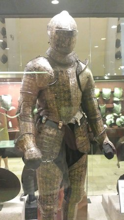 Grandmaster's Palace: Decorated armour
