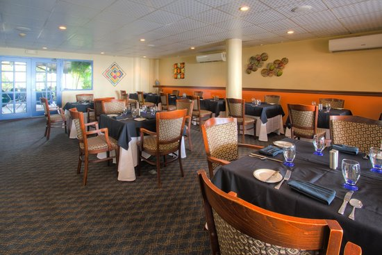 Cara Suites - Pointe a Pierre: The Metropolitan Restaurant