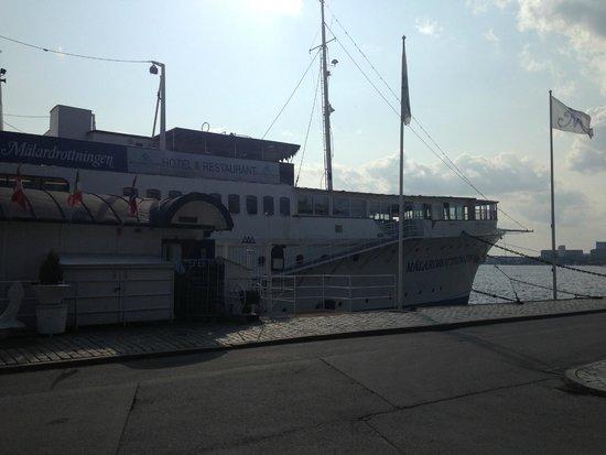 Malardrottningen Yacht Hotel and Restaurant: A sunny perspective