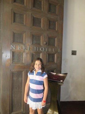 Hotel Neri Relais & Chateaux: entrance