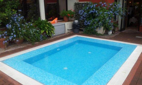 Hotel Virgilio: HOTEL KIDS POOL