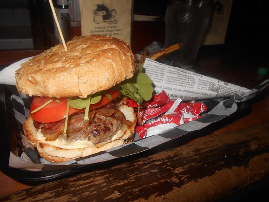 The Avenue Pub: Bacon Burger with micro greens, tomatoes and onions with a cone of fries
