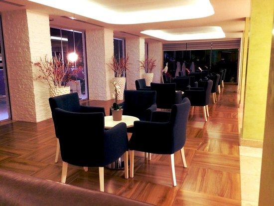 Hotel Marbella : Lobby