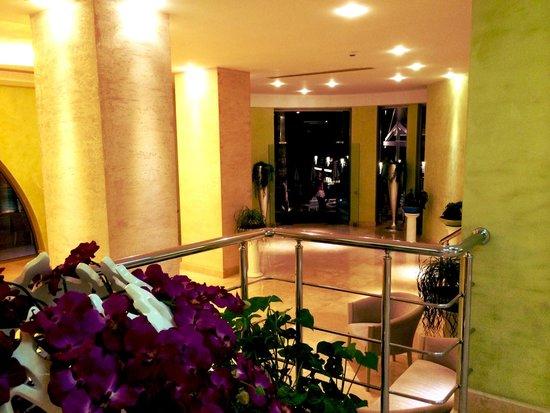 Hotel Marbella : Entrance