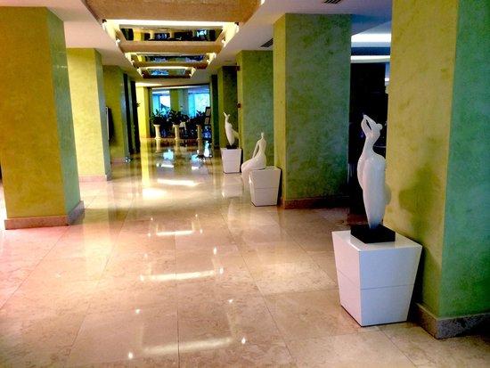Hotel Marbella: Lobby