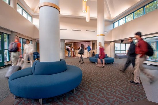 Babson Executive Conference Center: Business Services